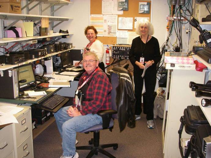 Seattle Radio Room Crew, from left: Steve Tivel, N7CLF; Susan Matthews, KF7RTF; and Kathy Shuman, KF7TTM.