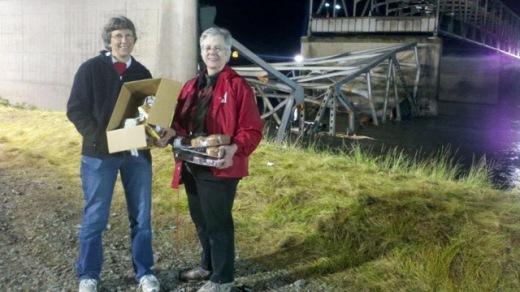 Skagit Bridge Collapse Mobile Feeding