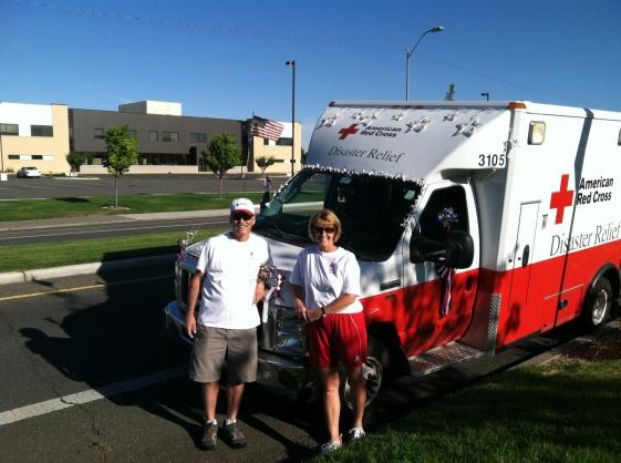 Mary and Brian Opitz at Pasco 7-4-16 Parade (1)