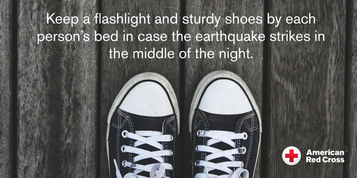earthquake-tip-shoesandflashlight